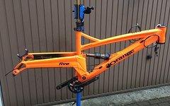 Orange Bikes Uk FIVE Medium 27,5 Mutter aller Enduro Rahmen!