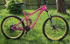 Radon Pinky radon slide 2015 größe L custom 27 5 650b