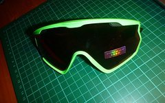 Oakley Wind Jacket 2.0 80s Green Prizm Snow Torch
