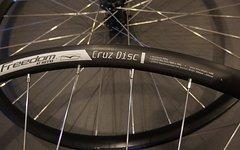 WTB Cruz Disc Laufradsatz 622x19 neu