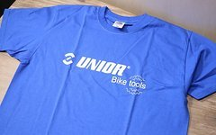Unior T-Shirt / Fruit of the Loom Größe: M blau