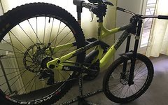 Commencal SUPREME DH V3 YELLOW / Hope / Rock Shox