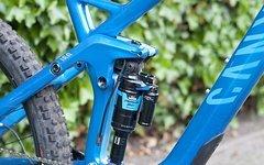 Canyon Strive CF8.0 Medium Race electric blue 2015