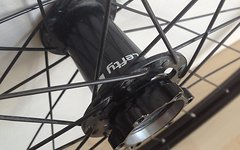 Cannondale Lefty Nabe mit WTB i23 27.5