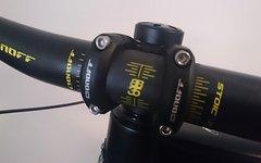 On Off 35er Vorbau 30mm länge, 780mm Carbonlenker