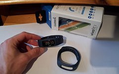 Garmin Vivofit 2 Activity tracker blau small