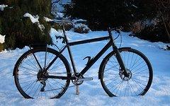 """Schnelle City Fahrrad MTB Rahmen mit 28"""" City Rädern"""