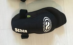 IXS Flow Elbow Guard L