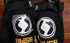 Bliss Knieschoner Gr.M