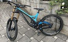 Devinci Wilson Carbon DH blue/black