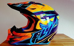 Fly Racin F2 Carbon Fullface Helm