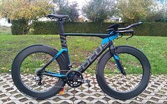 Focus Izalco Chrono Max 2.0 M + Rotor InPower + 81mm Carbon LRS