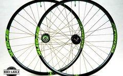 Spank Oozy Trail 345 AL EVO Laufradsatz mit Hope Pro 4 Naben / All Mountain,Enduro +