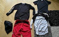 Troy Lee Designs Designs Package (Skyline Race Short + GP Jersey + Ruckus Jersey + Funktionsunterhemd)