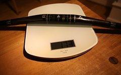 Bontrager RXL Carbon Lenker 690mm breit; 31,8mm Klemmung; 9°; 173g