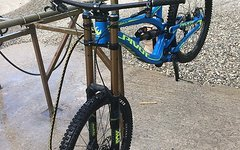 Pivot Phoenix DH-Bike Größe M nur 4 Tage gefahren
