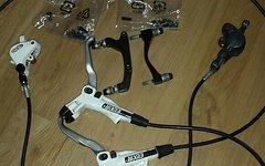 Avid Elixir R Bremse komplett mit Bremsscheiben und Adaptern sowie Schrauben
