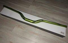 Spank Spike 800 Race Bar Lenker 50 mm rise emerald green grün