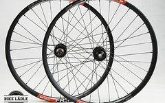 DT Swiss FR 570 Laufradsatz mit  Noa-Bl-Evo DH Naben