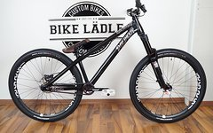 Dartmoor Two6 Player black pearl Custom Dirt/Street Bike Rock Shox Pike DJ,e*thirteen,MVTE,Shimano,Chromag,Kenda