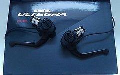 Shimano TT Schalt/Bremshebel Set Ultegra Di2 ST-6871 2x11s * NEU & UNBENUTZT
