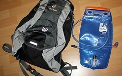 Deuter RACE EXP AIR inkl. 3 Liter Streamer Trinksystem