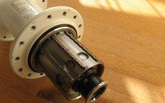 Tune HR-Nabe Tune Kong 142mm/12mm, weiß, 28Loch, 214g