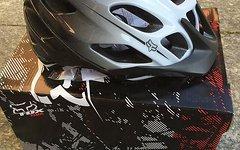 Fox Flux Helm Black/White S/M
