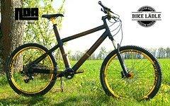 Bambus -Custom Bike Rock Shox Recon  / Sram GX / Spank Oozy  / Sram GX-NX / Noa-Bl-Evo-1 Naben