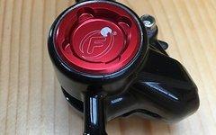 Formula RX Bremsenset VR + HR schwarz/rot  (mit Scheiben und Adapter)