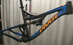 Pivot Mach 6 2016 large  neues model BOOST 148mm