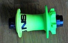 NS Bikes Rotary Nabe 20 mal 110mm aus Fuzz Neongelb neongrün 32 Speichen