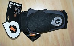 661 SixSixOne Evo II Knee Guard black Protektor Gr. M