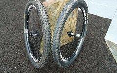 Spank Subrosa 30 EVO Laufradsatz mit Noa DL Evo DH Naben vom Bike-Lädle, top Zustand, keine Dellen, inkl. Magic Mary + Rock Razor