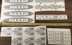 Nemeth Laszlo Designs Rahmen Dekor Trek & Maxxis Troy Lee Designs