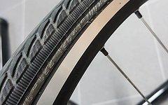 """Whizz Wheels Laufradsatz 26"""" mit Schwalbe Marathon bremsscheiben und Kassette 10fach"""