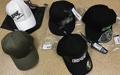 Fox Cranbrothers Efx Ixs verschiedene Caps Mützen schwarz weiß grün Gr. S/M NEU