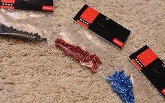 Gamut Podium Pedal Alloy Pins (40er Set) Rot, Blau, Schwarz