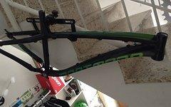 Dartmoor Hornet Rahmen Schwarz/grün Gr. L