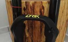 Rock Shox Lyrik RCT3 Solo Air 170 mm / 650b