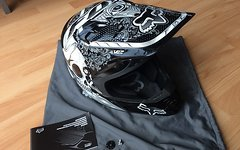 Fox V2 Vandal MX-Helm inklusive Versand