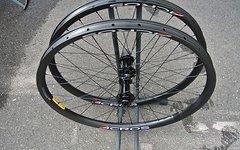 Acros Enduro Race Boost Carbon LRS 27,5/650B