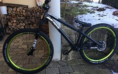 Dartmoor Two6Player Custom Dirtbike