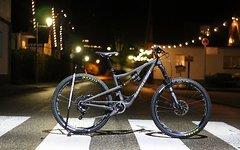 "Santa Cruz Bronson 27,5"" 2.0 CC XO1A Black/ Grey in S"