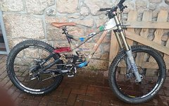 Specialized Fox 40 DT Swiss Fox RC4 Dämpfer