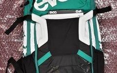 Evoc FR Enduro Team Women 16L Protektorrucksack M/L ***** NAGELNEU *****