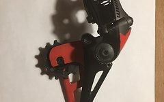 SRAM EAGLE X01 - neuwertig von Anfang mit roter Schutzfolie komplett beklebt