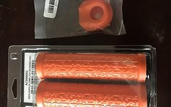 Race Face Grippler / Orange / Lock-On / 33mm / Crank Boots / Orange