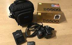 Nikon D5500 Body mit Zubehör