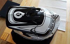 661 SixSixOne DH/FR Fullface Helm